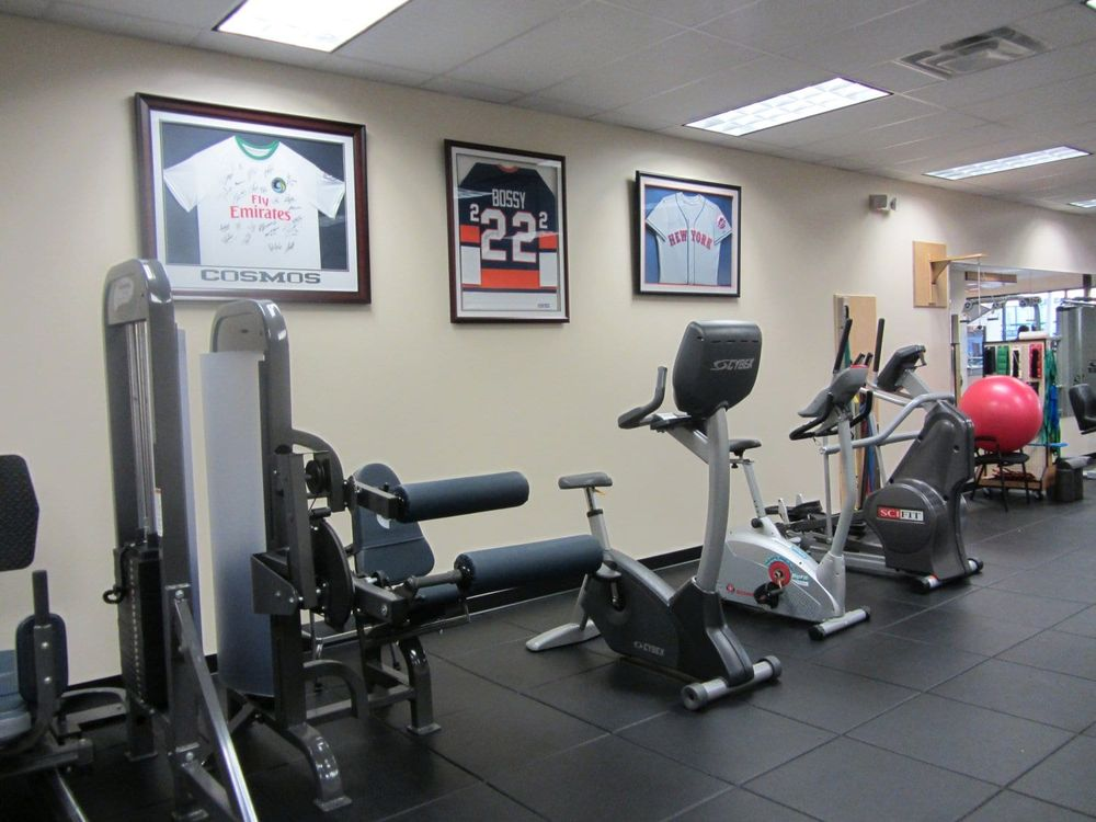Professional Physical Therapy: 2132 Merrick Ave, Merrick, NY