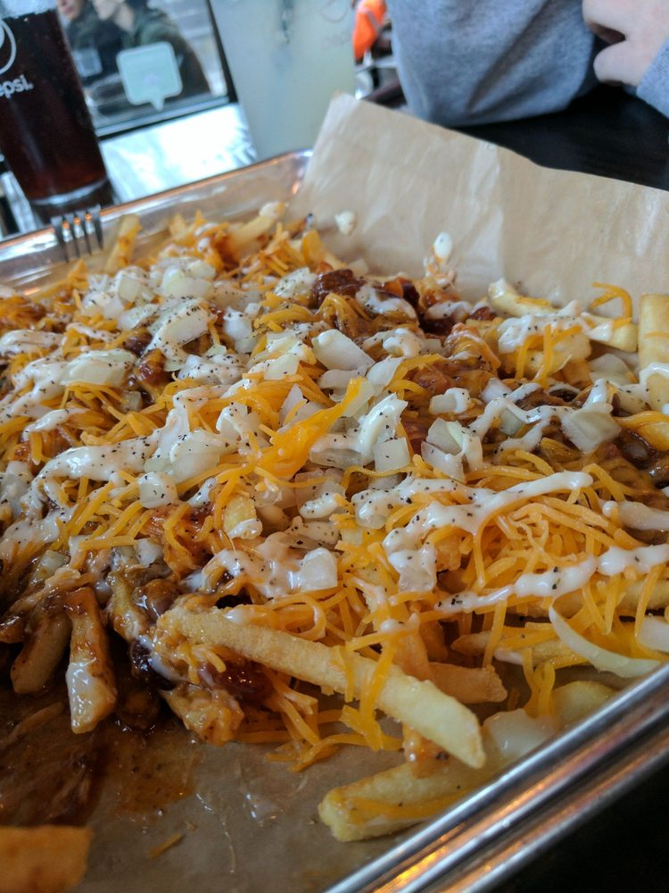 Bangers & Brews: 1288 SW Simpson Ave, Bend, OR