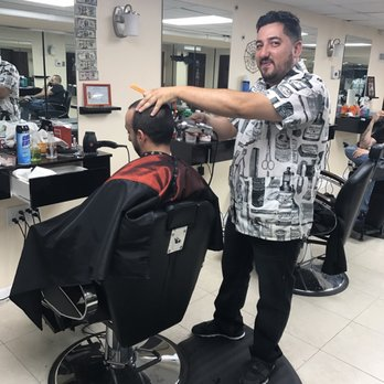 Photo Of Rus S Vip Barber Queens Ny United States He Take