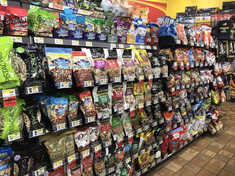 Love's Travel Stops & Country Stores: 1600 N Hwy 95, Morrilton, AR