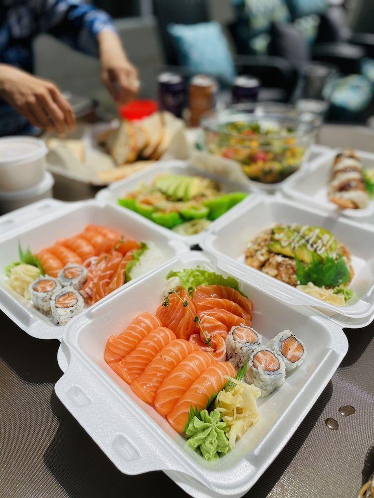 Momiji Sushi Bar and Grill