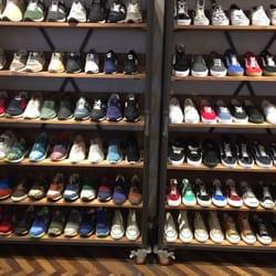 684e6f893e Billy s Ent Harajuku - Shoe Stores - 神宮前4-28-20