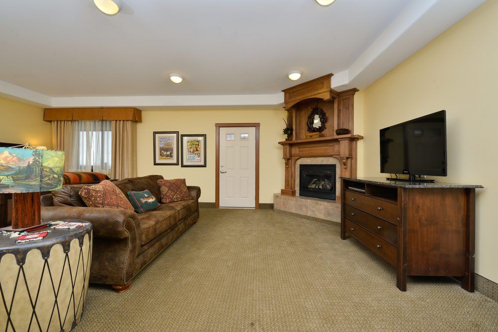 The Cody Hotel: 232 W Yellowstone Ave, Cody, WY