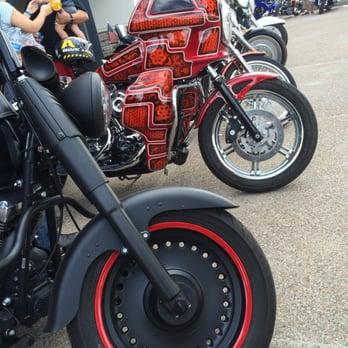 Harley davidson of scottsdale 153 photos 128 reviews for Scottsdale harley davidson tattoo