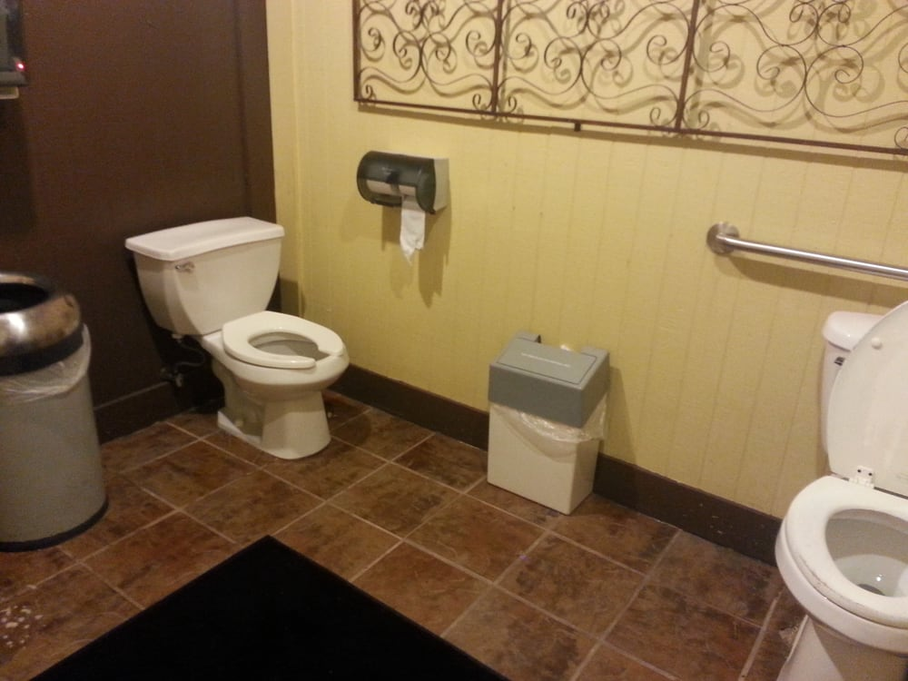 Photo Of Sartinu0027s Seafood   Port Arthur, TX, United States. Women Restroom