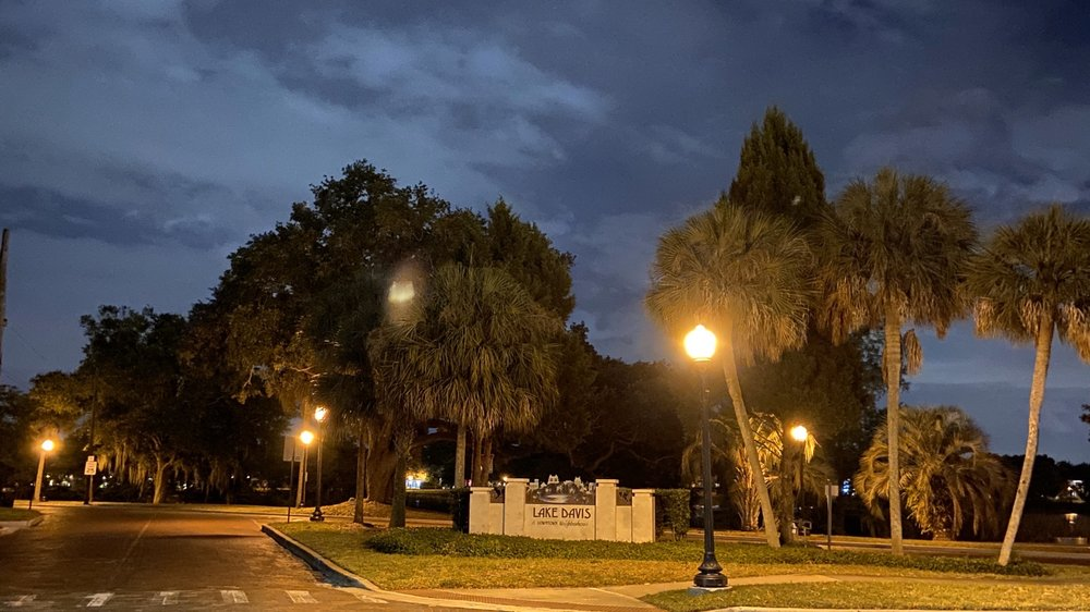 Lake Davis Park: 723 Lake Davis Dr, Orlando, FL