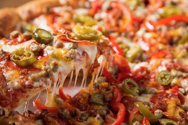 Hideaway Pizza: 5501 NW Expressway, Warr Acres, OK