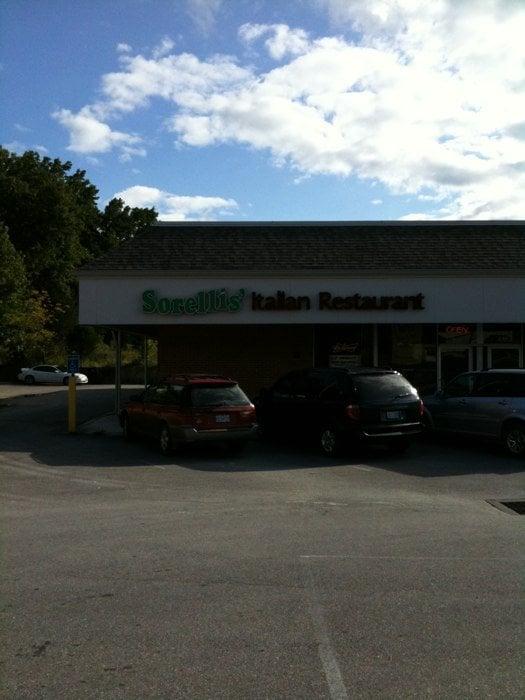 Sorellis' Italian Restaurant: 104 Cedar Hill Plz, Cedar Hill, MO