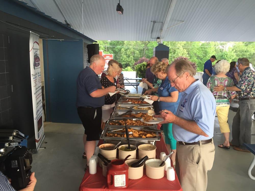 Riverside Grocery & Catering: 4444 Hwy 5, Benton, AR