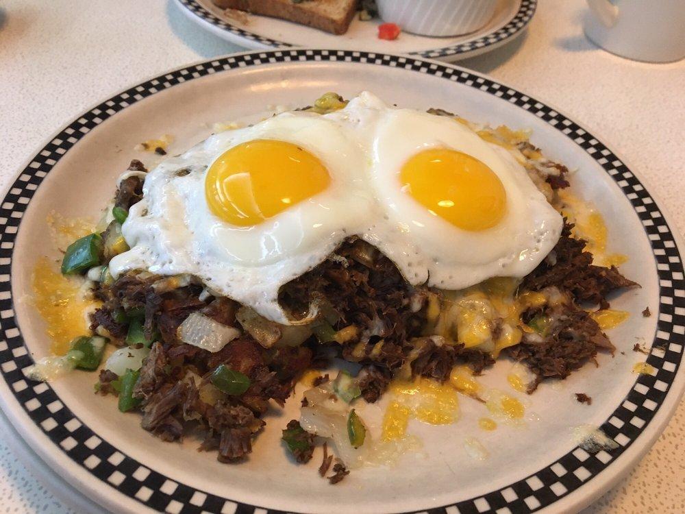 Broad Street Diner: 83 Broad St, Keyport, NJ