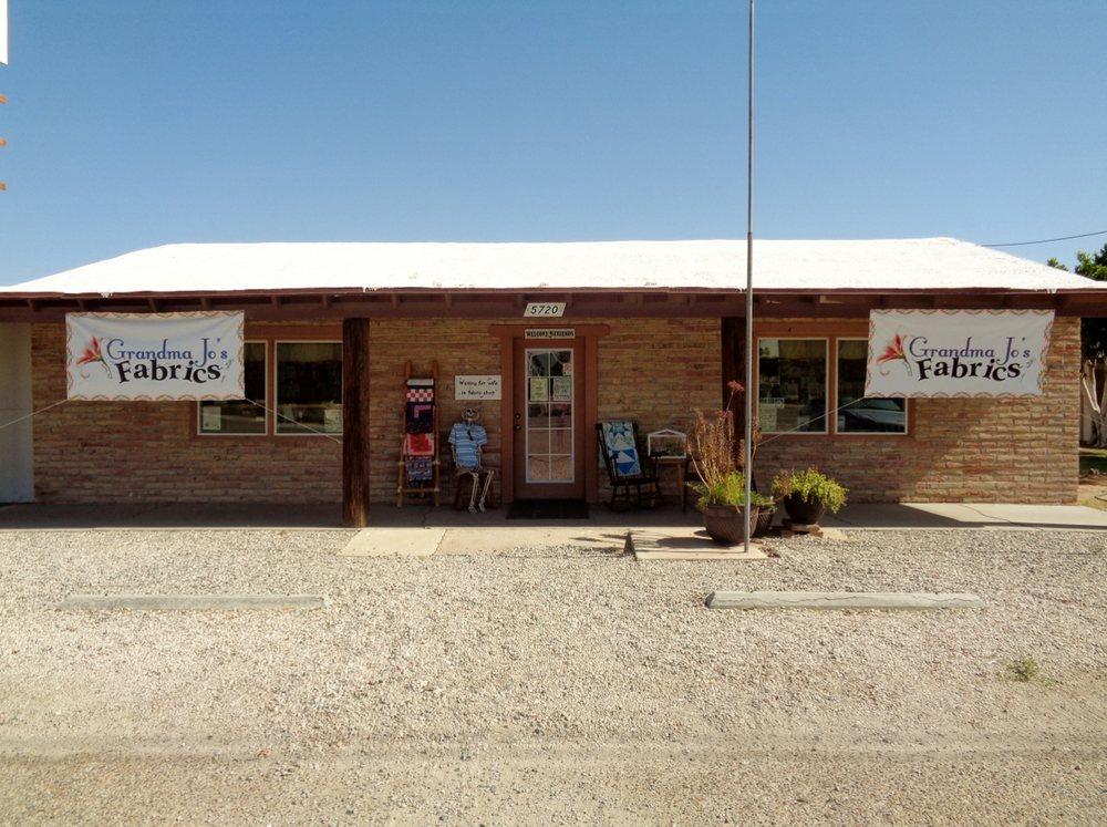 Grandma Jo's Fabrics: 5720 E 32nd St, Yuma, AZ