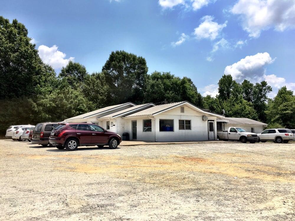 Wise Bar-B-Q House: 25548 US Hwy 76, Newberry, SC