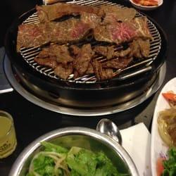 Honey Pig Gooldaegee Korean Grill logo