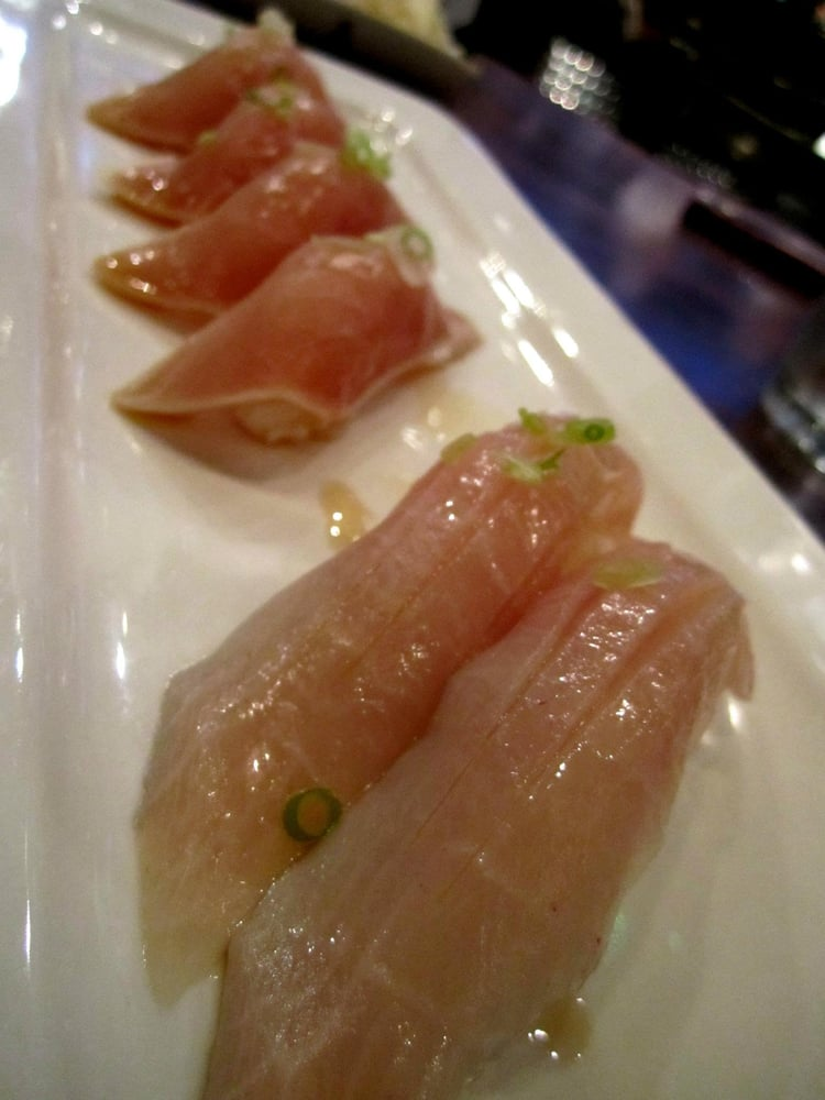 Seared tuna sushi kona kanpachi sushi yelp for Blue fish sushi