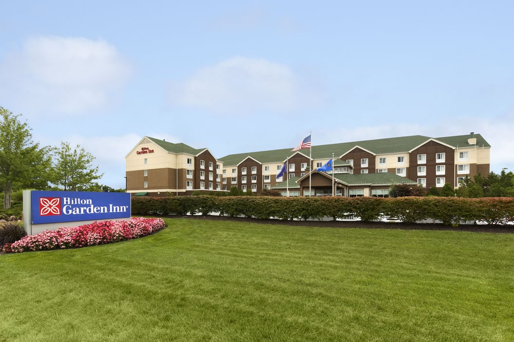 Hilton Garden Inn Islip/MacArthur Airport - 58 Photos & 60 Reviews ...