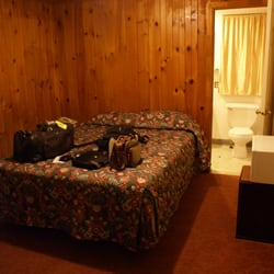 Photo Of Rainbow Motel Shrewsbury Ma United States Roomy Interior
