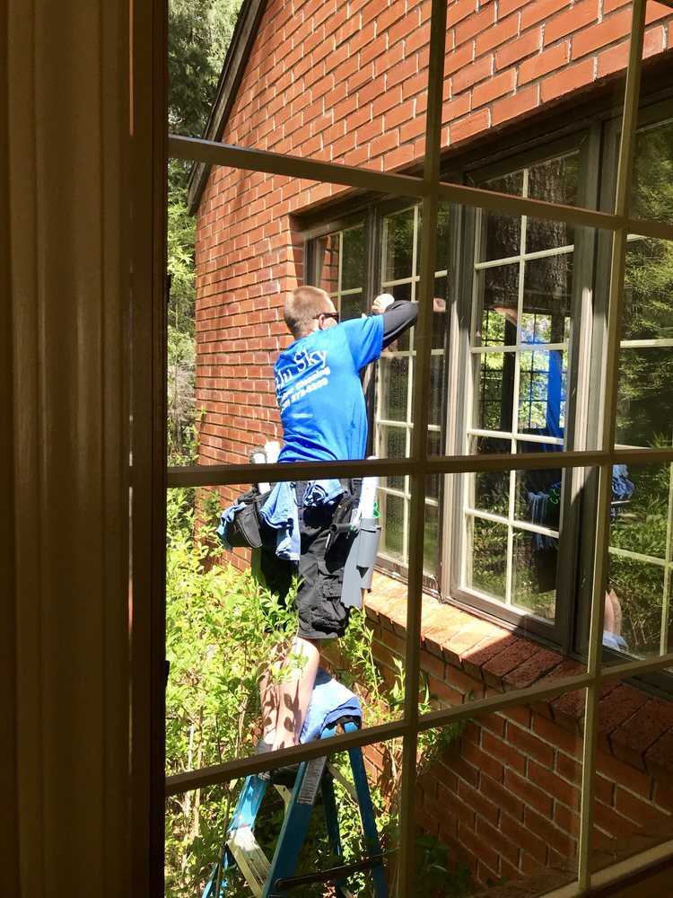 Blu Sky Window Cleaning: Grass Valley, CA