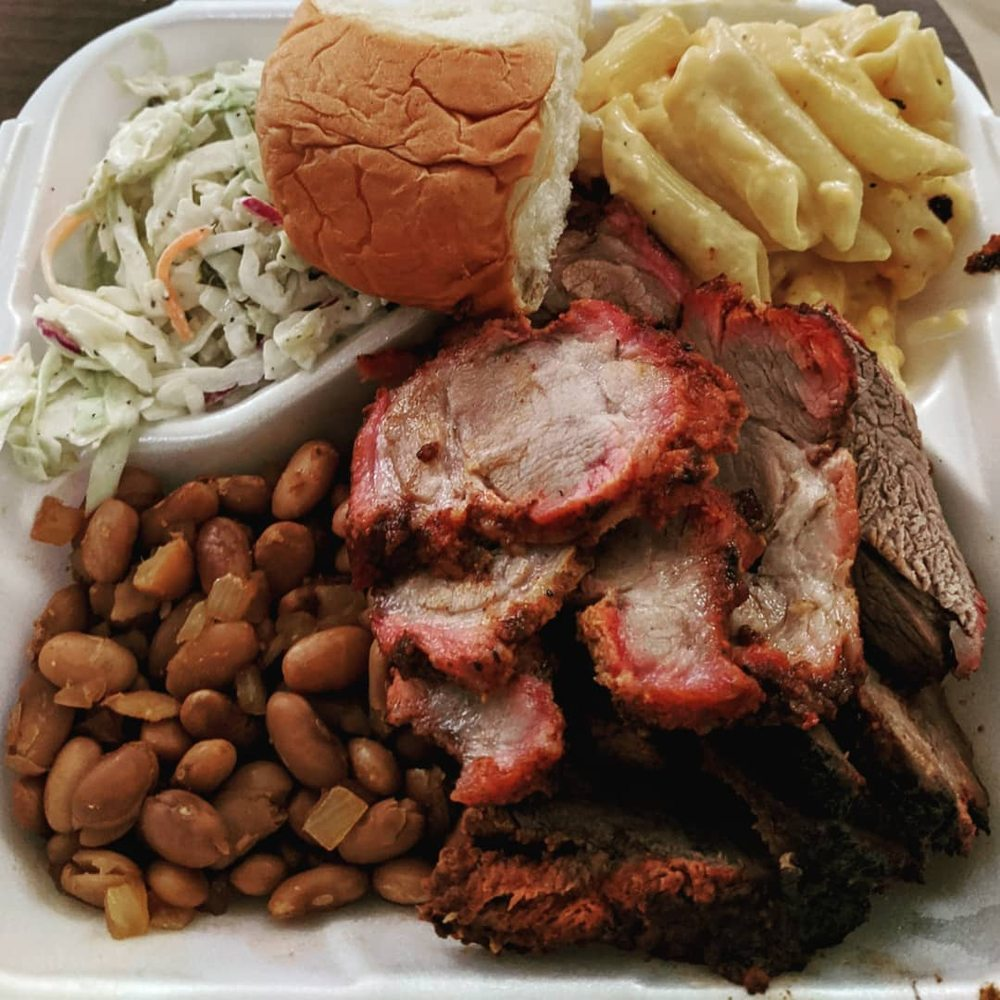 Roadside Shed BBQ: 39063 Vineland St, Cherry Valley, CA