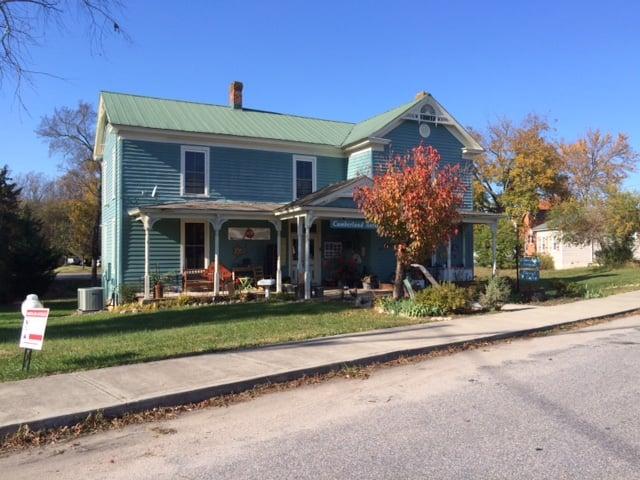 Cumberland Antiques: 25 Fitzgerald Rd, Cumberland, VA