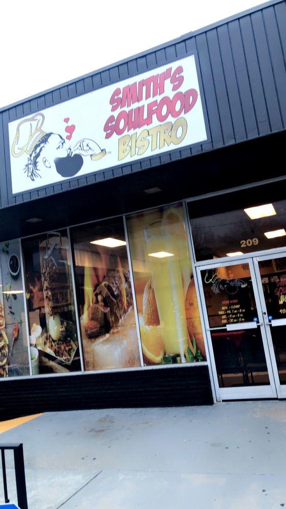 Smith's Soulfood Bistro: 209 S Chestnut St, Gastonia, NC