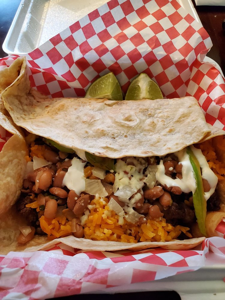 Frank's Taco Station: 81 Front St, Huntsville, TX