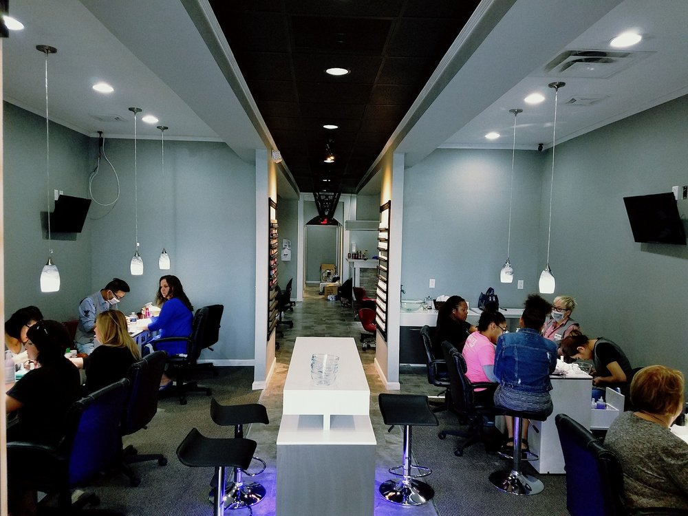 Queen Nail Spa Southside: 3215 Irvin Cobb Dr, Paducah, KY