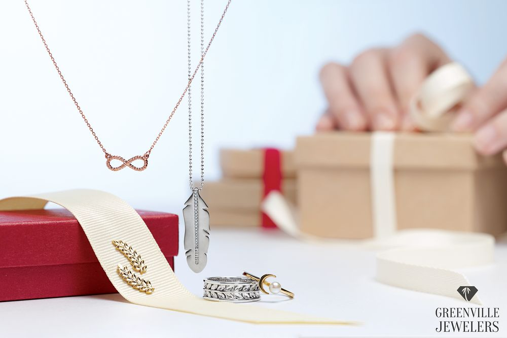 Greenville Jewelers: 215-A W Wade Hampton Blvd, Greer, SC
