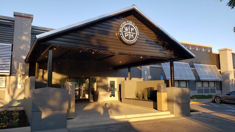 Wildfire Public House: 1533 Oakdale Rd, Modesto, CA