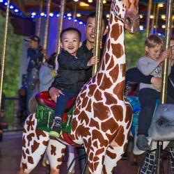La Zoo Lights 1924 Photos 487 Reviews Zoos 5333 Zoo Dr