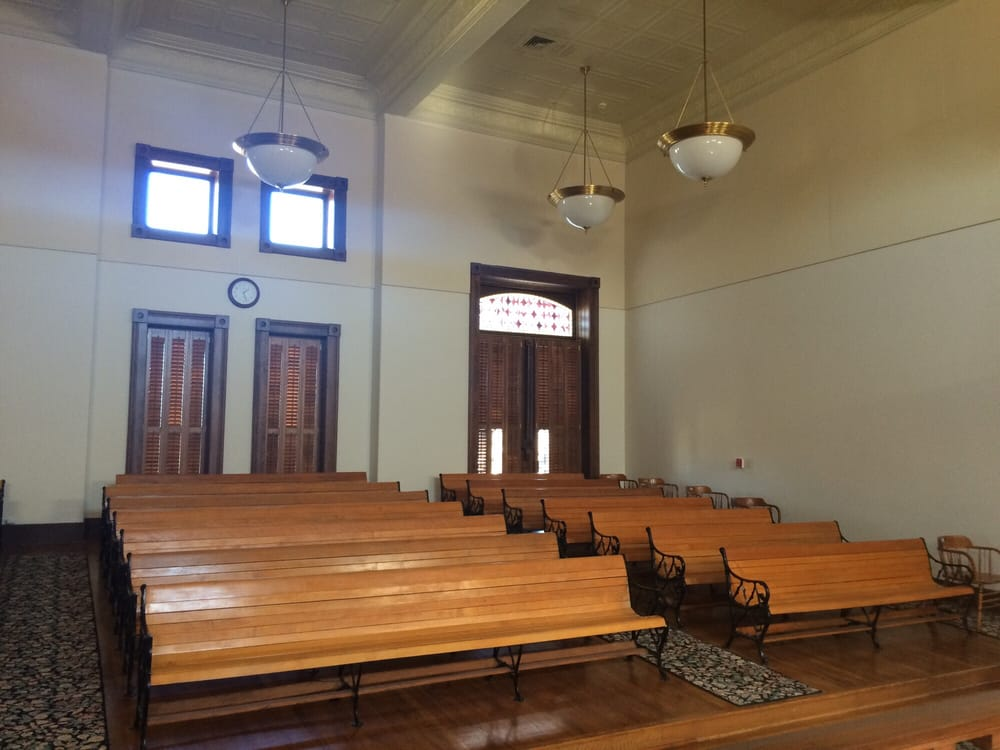 Shackelford County Court House: 225 S Main St, Albany, TX