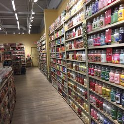 Yankee Candle - Home Decor - 1 Premium Outlet Blvd, Wrentham, MA ...