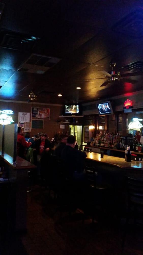 Garvey's Grill: 5647 Telegraph Rd, Saint Louis, MO