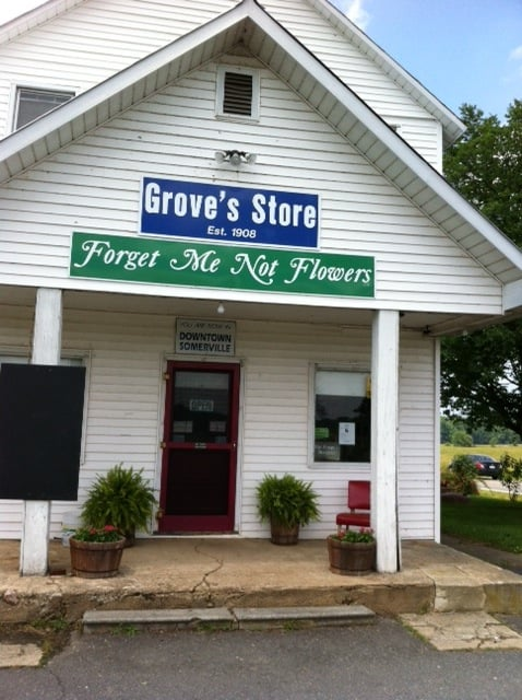Groves Store: 2390 Mildland Rd, Midland, VA