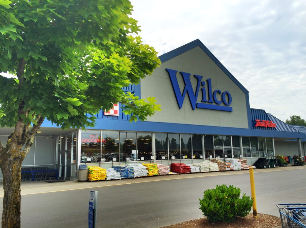 Wilco Farm Store - Kelso: 200 S Kelso Dr, Kelso, WA