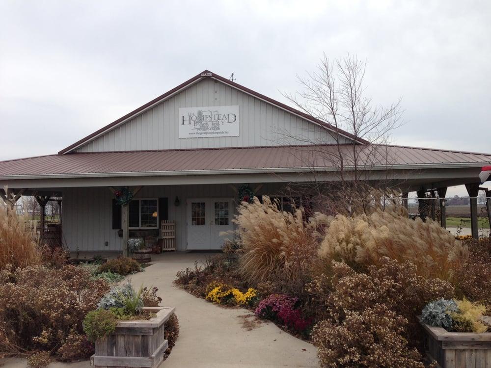 The Homestead Bakery: 1749B Cr 1900 N, Arthur, IL