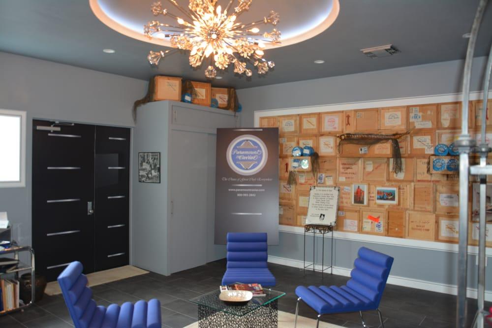 Paramount Caviar: 3815 24th St, Long Island City, NY