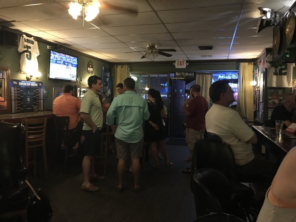 Sheehan's Corner Pub: 10114 S Military Trl, Boynton Beach, FL