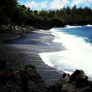 ocean nude Hawaii boys