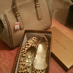 d830fac18aaa DSW Designer Shoe Warehouse - 23 Photos   26 Reviews - Shoe Stores - 4021  Conroy Rd