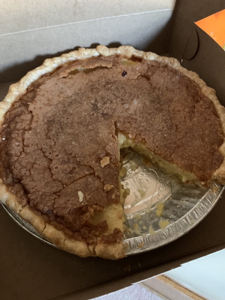 The Southern Pie Cafe: 94 Common St, Chester, VT