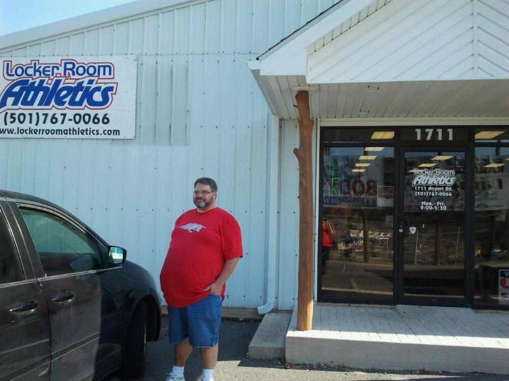 Locker Room Athletics: 1711 Airport Rd, Hot Springs National Park, AR