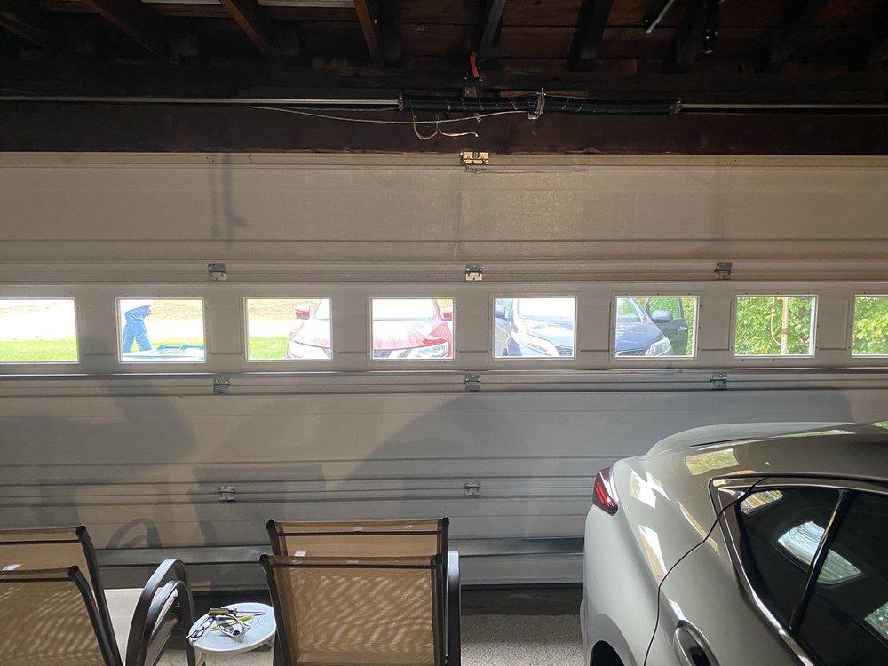 MLS Garage Doors: 601 W San Mateo Rd, Santa Fe, NM