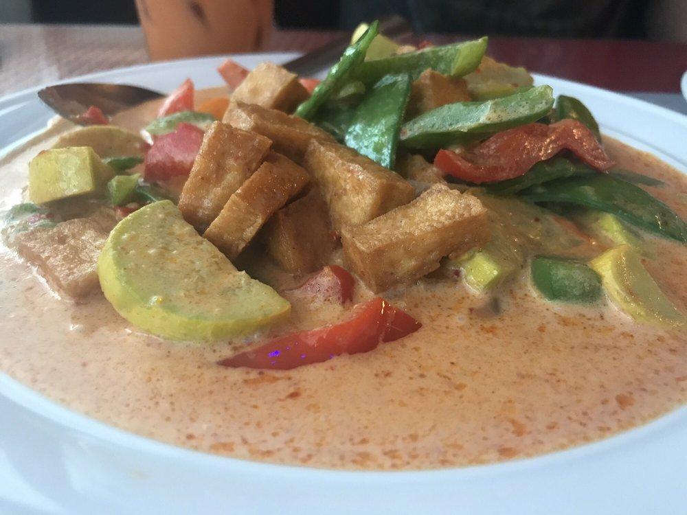 Bangkok Cuisine Thai Restaurant: 9107 Park Blvd, Seminole, FL