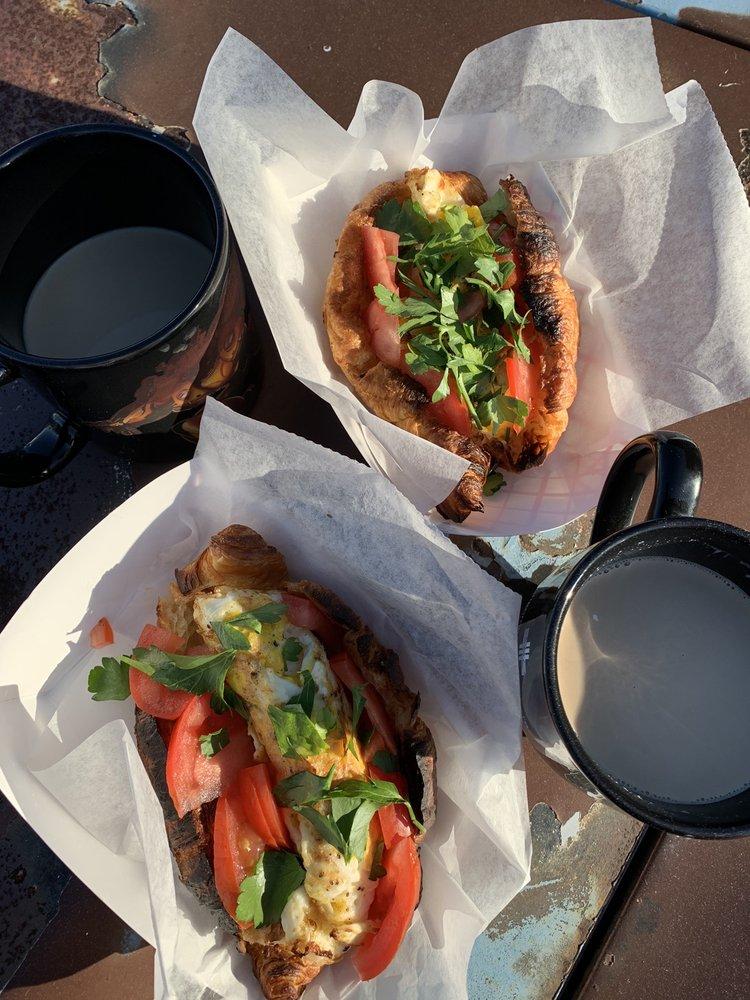 Joe's Food Trolley: 1155 Edgewood Ave S, Jacksonville, FL