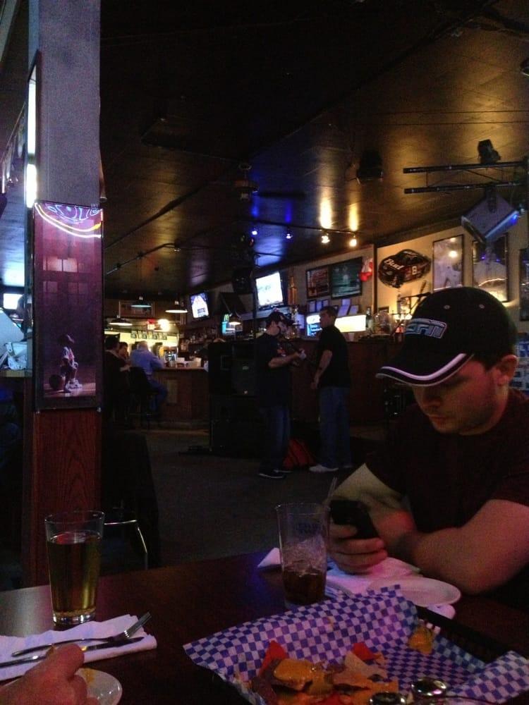 Corner Spot Bar & Grill: 510 Chicago Ave, Dixon, IL
