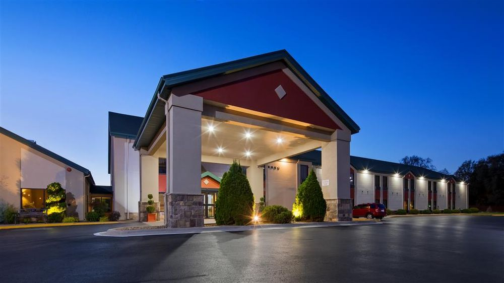 Best Western Plus Springfield Airport Inn: 4445 W Chestnut Expy, Springfield, MO