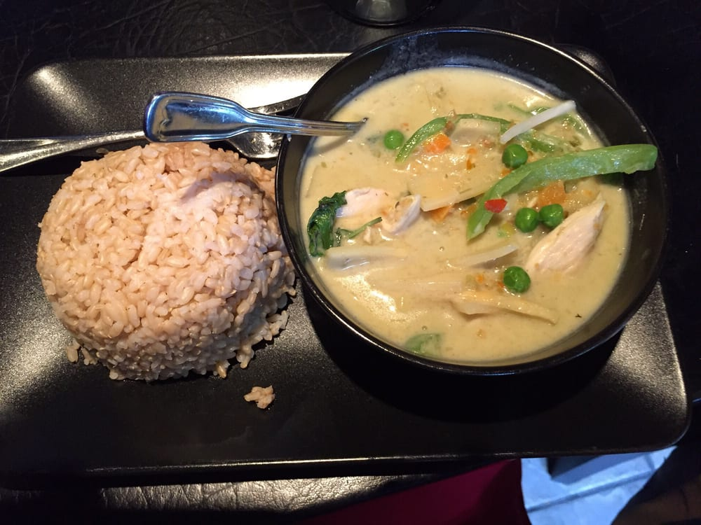 Green curry chicken lunch special with brown rice and for At siam thai cuisine