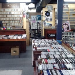 Cd Cellar 17 Photos Amp 41 Reviews Vinyl Records 105