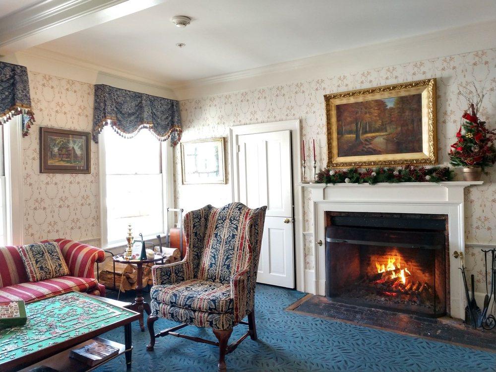 The Deerfield Inn: 81 Old Main St, Deerfield, MA
