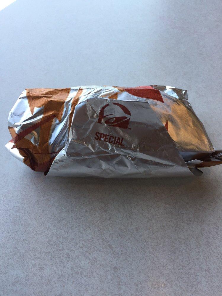 Taco Bell: 72083 Baker Blvd, Baker, CA
